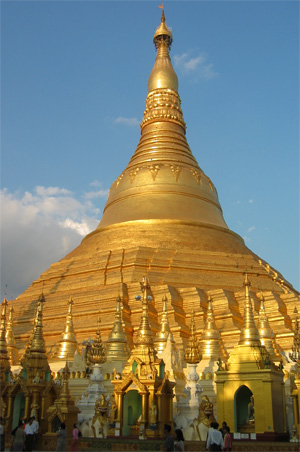Myanmar's Shwedagon Pagoda